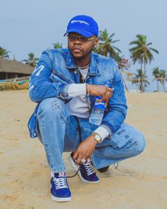 Kizz Daniel Shows Off His White Bentley And White Benz