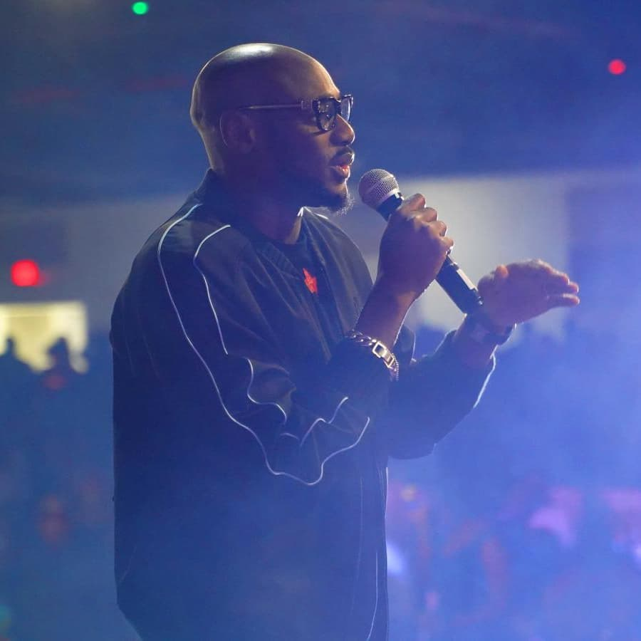 #MCM: 2baba Is Everything A Woman Can Dream Of