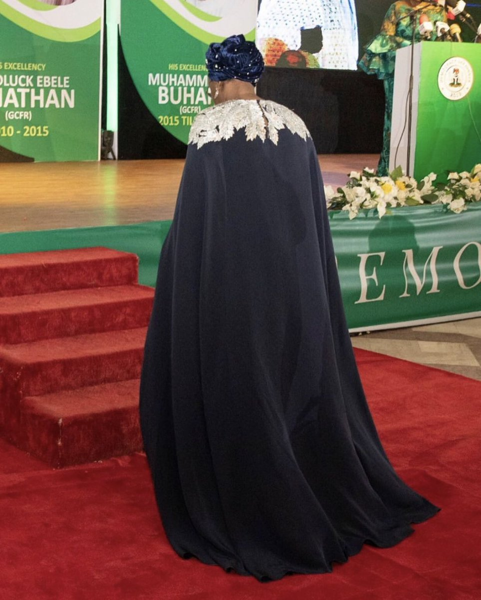 Aisha Buhari's N1.5million Oscar de la Renta Dress For Democracy Day Dinner