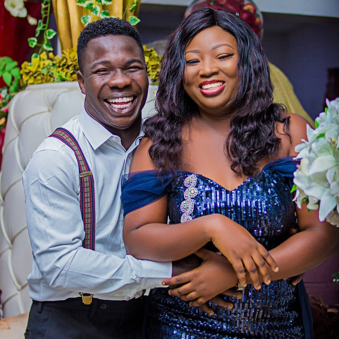 Recently Married Comedian, Dele Omowoli, Shares His Pre-wedding Photos
