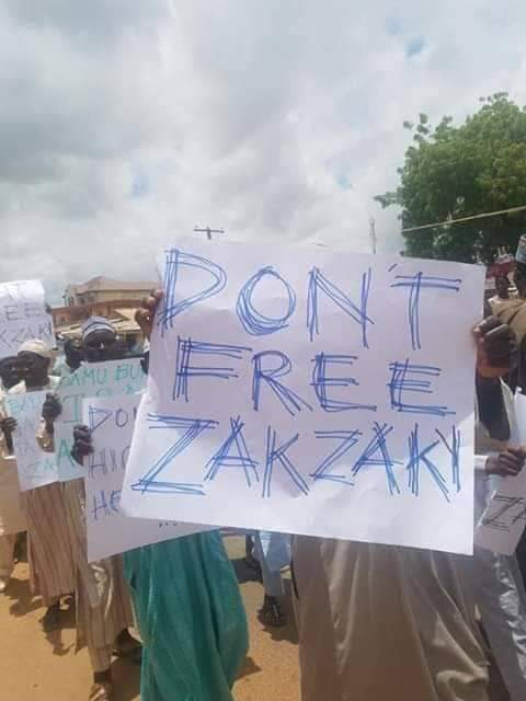 'Don't Free El-Zakzaky' – Another Group Protests