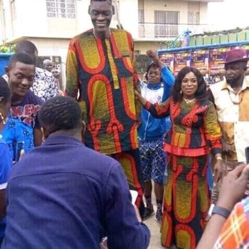 Meet The Wife Of The Tallest Man In Nigeria