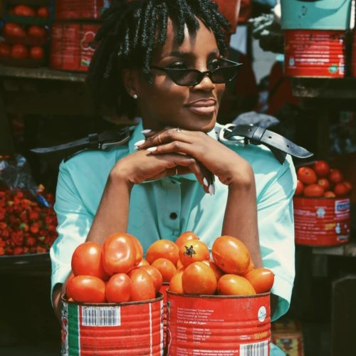 Singer Seyi Shay Showcases Typical Nigerian Market In New Photo-shoot