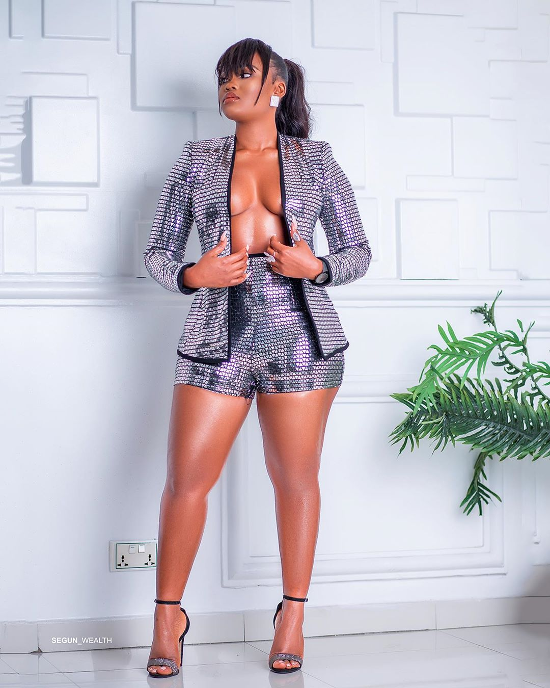 Cee-C Almost Reveals Everything In Cleavage Baring Jacket And Bum Shorts