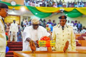 Lagos Gov., Sanwo-Olu Presents The State Budget Proposal Of 1.168 Trillion Naira For 2020