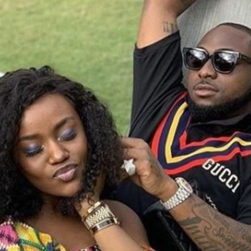 You're Too Sexy, I Will Get You Pregnant Again – Davido To Chioma As He Gushes Over Her Beauty