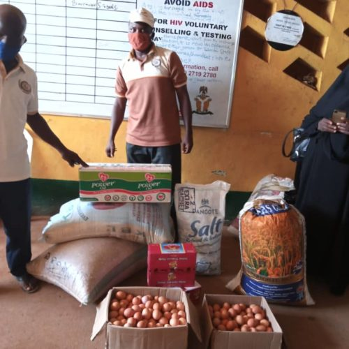 Ramadan: ljebu-Remo ZSF Foundation Distributes Food Items To Residents
