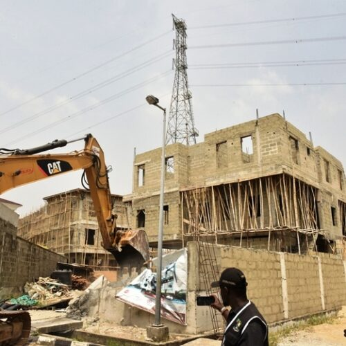 Lagos State Govt Demolishes Some Properties In Banana Island Over Non-compliance To State Building Laws