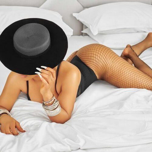 Toke Makinwa Flaunts Her Butt In New Sexy Photo