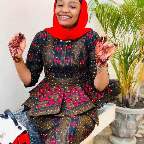 Muslimah Style: 7 Jumu'ah Outfit Ideas You Can Try For A New Look