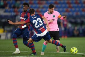 Barcelona Loses Points As Levante's Comeback Reduces The Catalan Giant Title Hopes