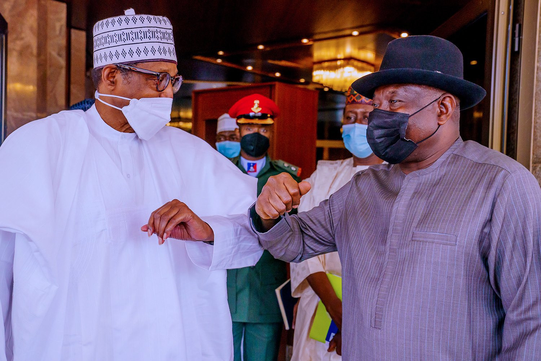 Ex-President Goodluck Jonathan Visits President Muhammadu Buhari At The Presidential Villa In Abuja (Photos)